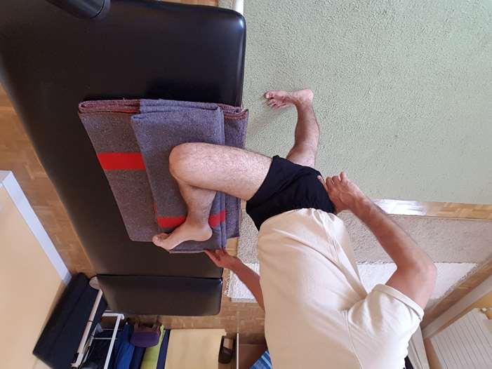 Pierna la dolor en cadera al la bajar
