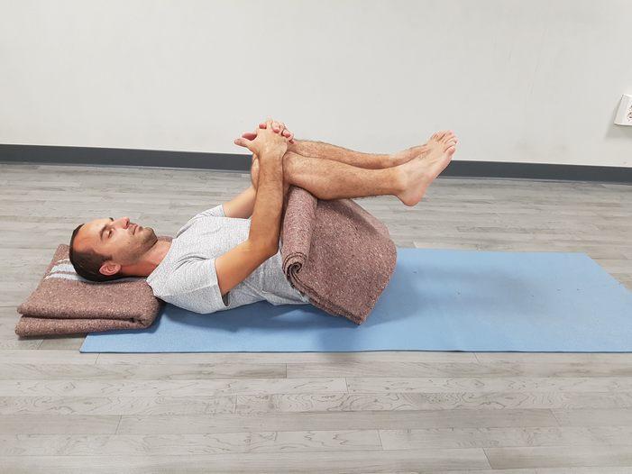 yoga-para-las-rodillas-5