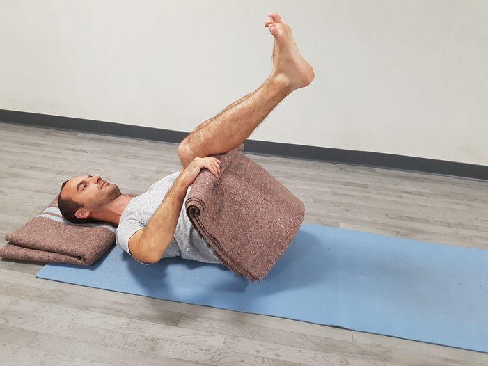 yoga-para-las-rodillas-4