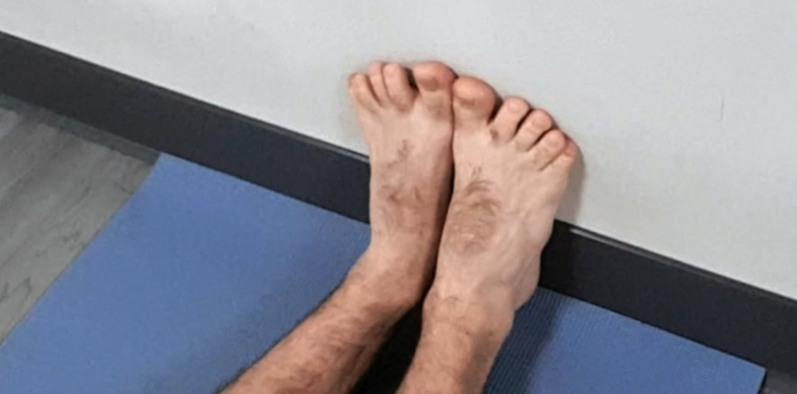 trabajo-de-pies-en-yoga