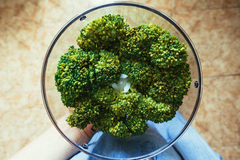 hummus de brócoli